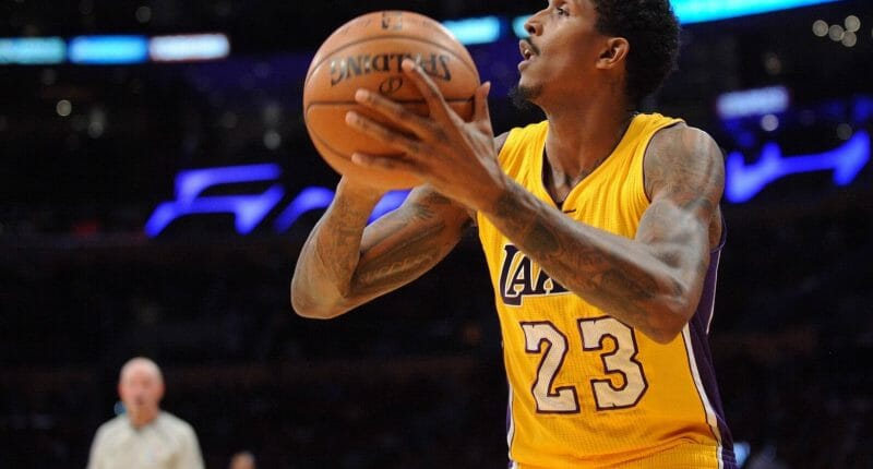 Why Lou Williams Should Not Be Lakers' Starting Shooting Guard