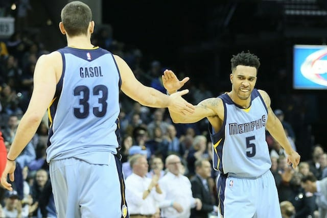 Nba News: Hornets Acquire Courtney Lee In Three-team Deal