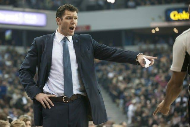 Knicks' Phil Jackson Spoke With Luke Walton About Coaching Job