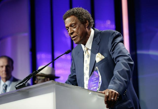 Lakers Legend Elgin Baylor Honored By Pump Foundation (video)