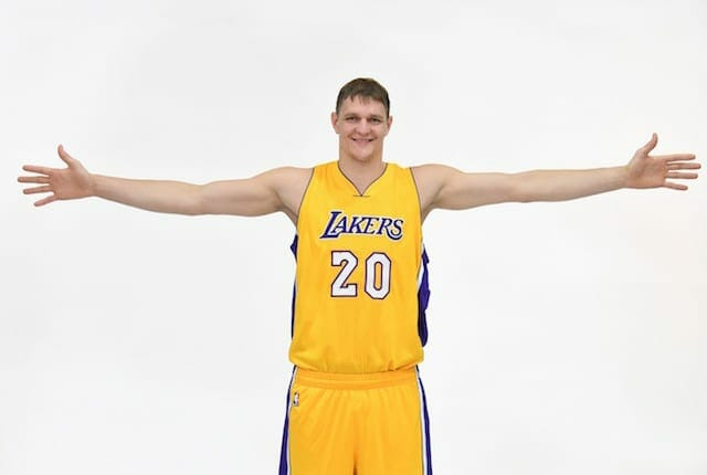 Timofey Mozgov Has 'special Play' That Will Let Him Shoot Threes For Lakers
