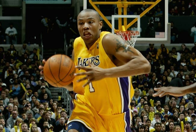 Ex-lakers Forward Caron Butler Gives Back At Children's Hospital Of Los Angeles