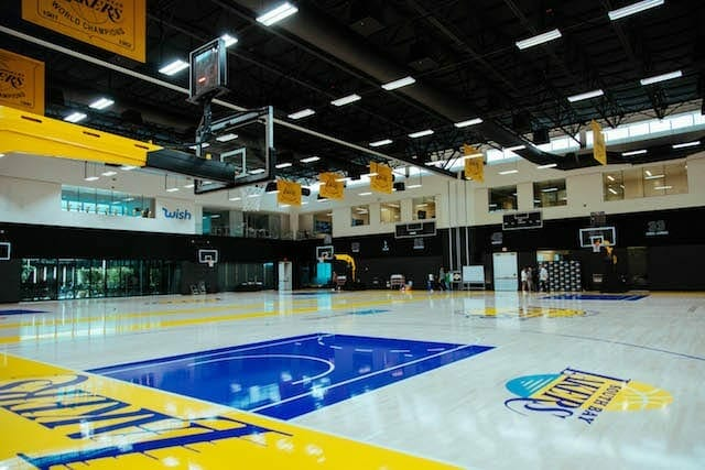 Lakers-training-camp-day-3-facility