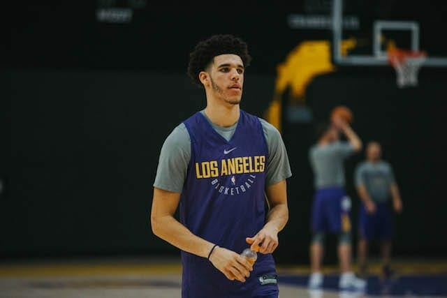 Lakers-training-camp-day-3-lonzo-ball-5