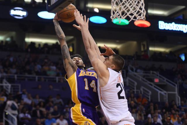 Lakers Vs. Suns Preview: L.a. Looks To Bounce Back In Phoenix After Rough Opener