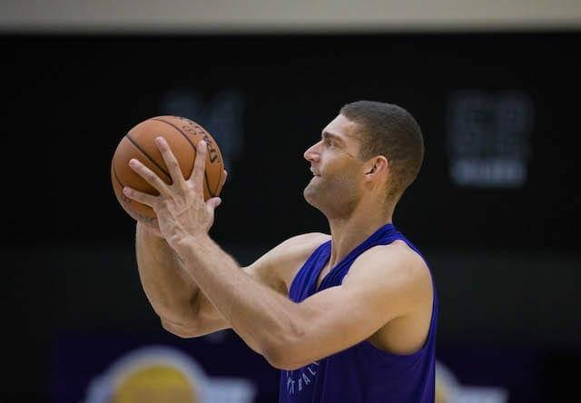 Lakers-practice-brook-lopez-5105