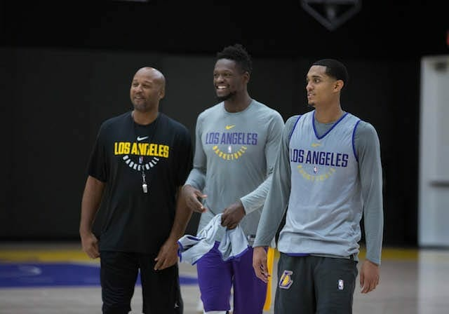 Lakers-practice-jordan-clarkson-julius-randle-6322