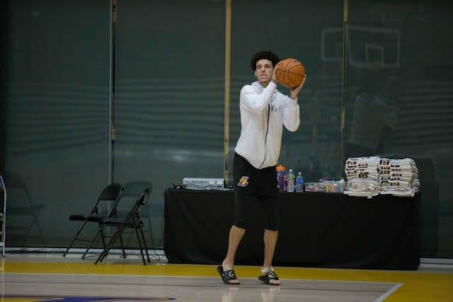 Lakers-practice-lonzo-ball-5247