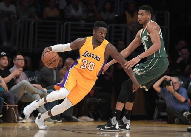 Lakers Vs. Bucks Preview: L.a. Looks For First Win Of Road Trip In Milwaukee