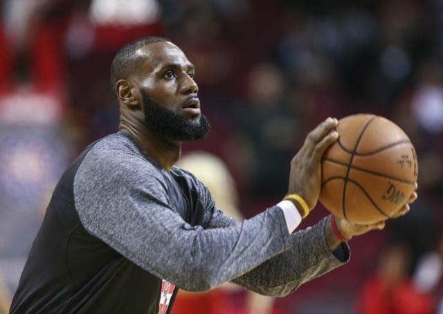 Lakers News: Lebron James Congratulates Lonzo Ball On Triple-double Record