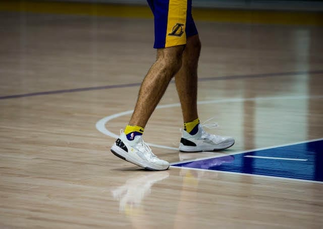 Lakers Practice Notes & Video: Top 10 Defensive Team