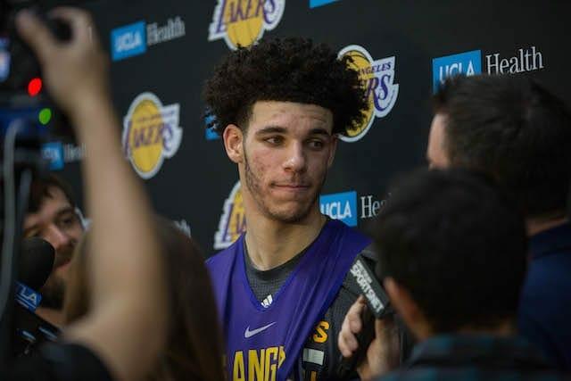 Lakers-practice-1106-lonzo-ball-9049