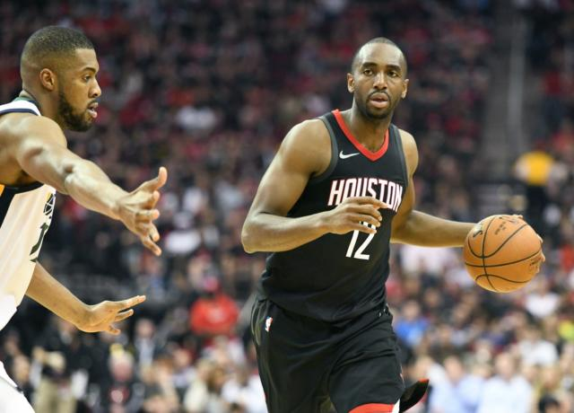 Luc Mbah a Moute, Lakers