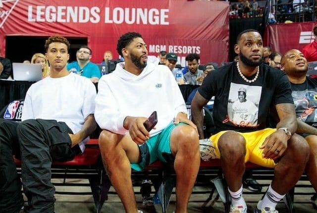 Kyle Kuzma, Anthony Davis, LeBron James, Lakers