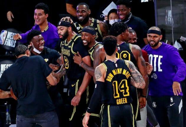 Kentavious Caldwell-Pope, Anthony Davis, Jared Dudley, Danny Green, Dwight Howard, LeBron James, Kyle Kuzma, Lakers win