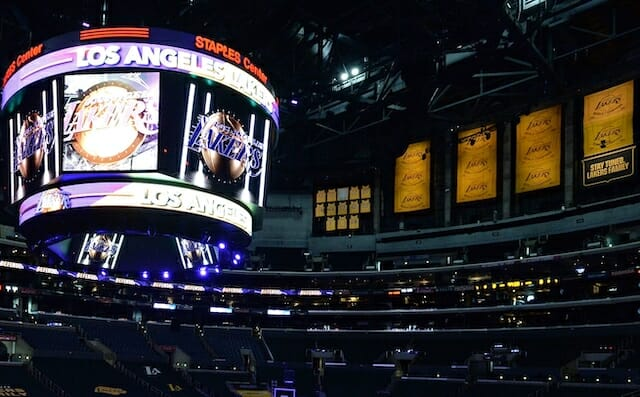 Lakers championship banners, Staples Center