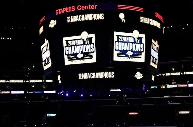 Staples Center video board, Lakers 2020 champions sign