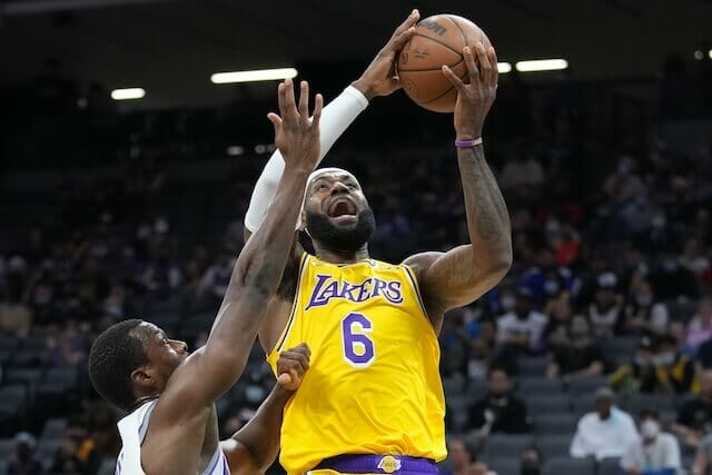 Lakers Highlights: LeBron James In Regular-Season Form In Preseason Finale Against Kings