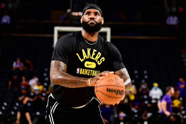 Lakers News: LeBron James 'Questionable' For Game Against Thunder; Ankle Injury Is Different Than Last Season